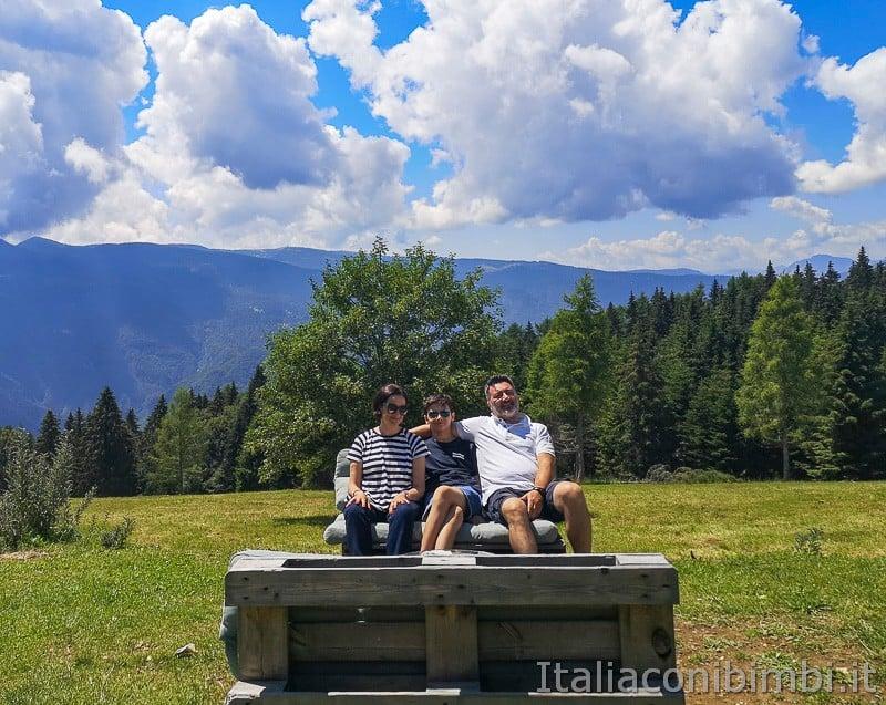 Sentiero dell'Immaginario Alpe Cimbra- noi a Malga Campo