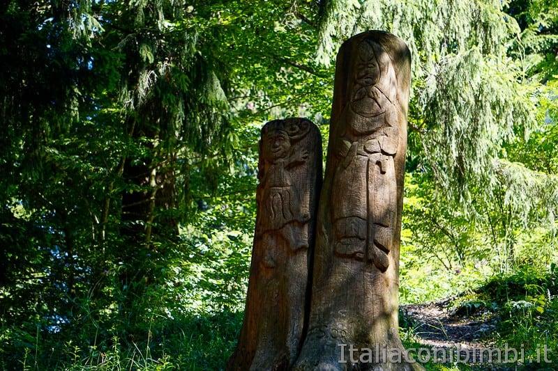 Sentiero dell'Immaginario Alpe Cimbra- sculture in legno