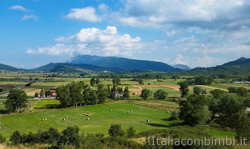 Vista da Rocca di Cambio- panorama.