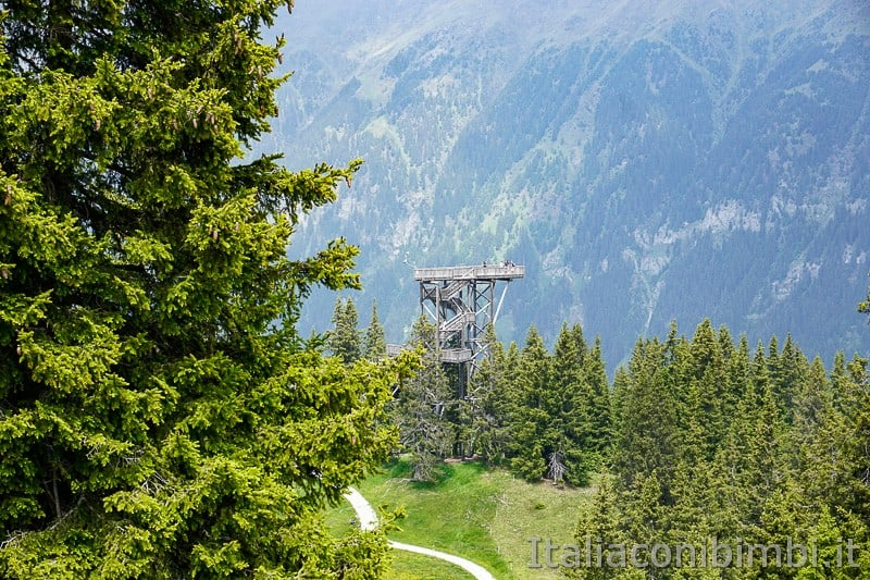 Mondo avventura montagna- torre panoramica