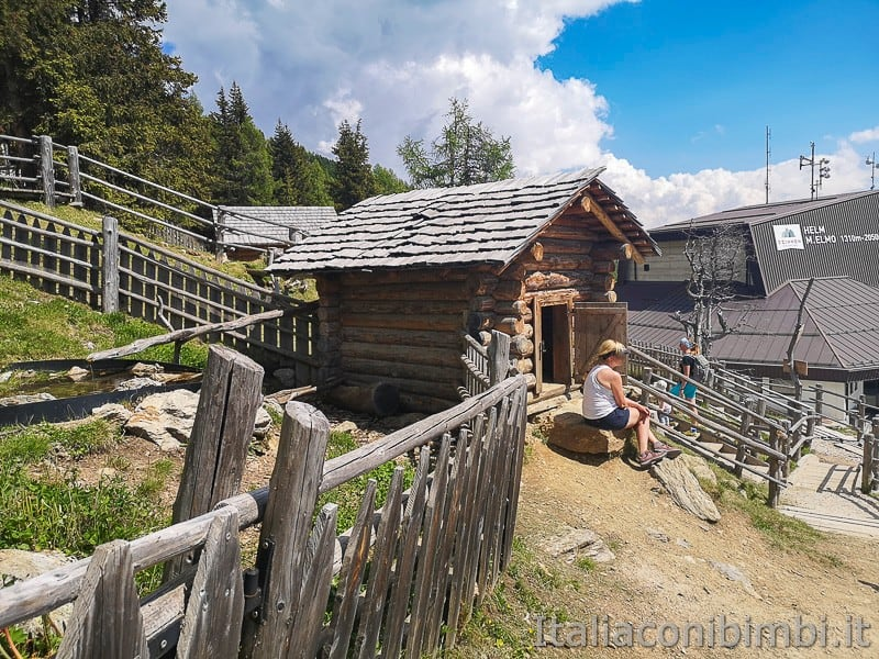 Parco natura Olperl Monte Elmo- malga dei bambini casetta di legno 2