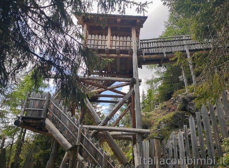 Parco natura Olperl Monte Elmo- torretta d'avvistamento