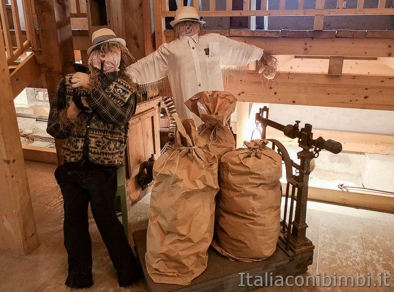 Valsugana- Museo degli spaventapasseri interno 2