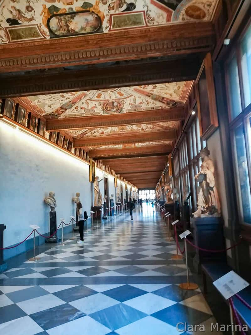 Firenze-Uffizi-deserti