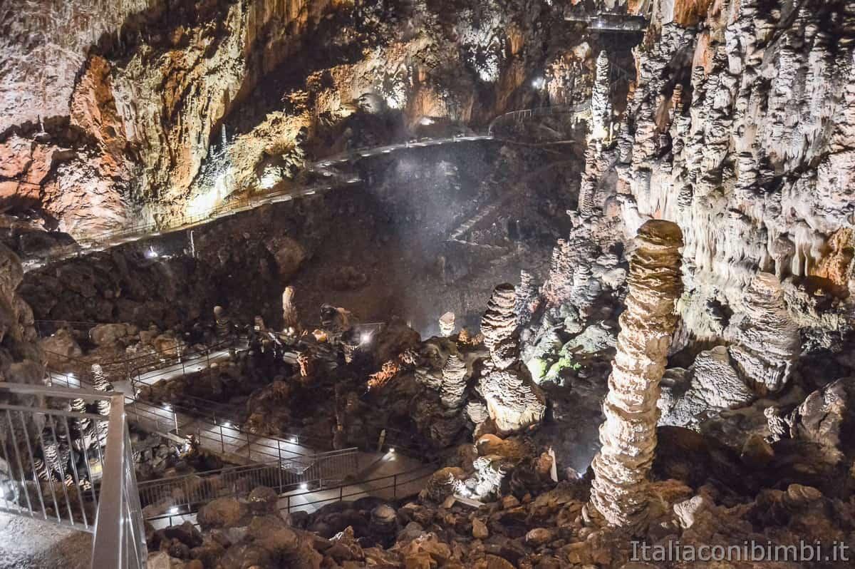 Grotta-Gigante-Trieste-interno