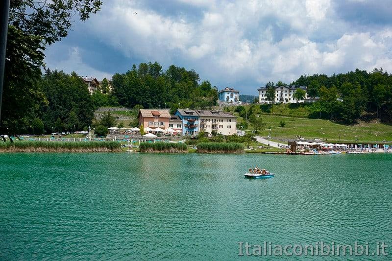 Lago di Lavarone- giro del lago a piedi