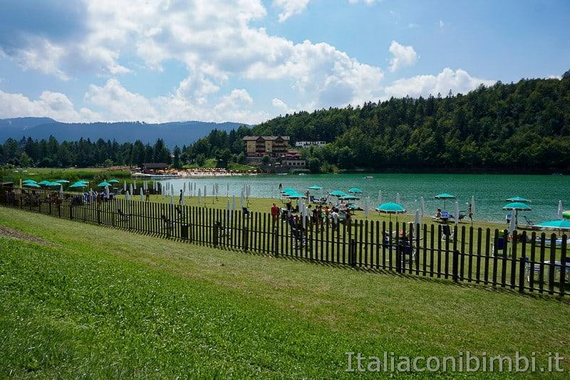 Lago di Lavarone- spiaggia di prato altro lato