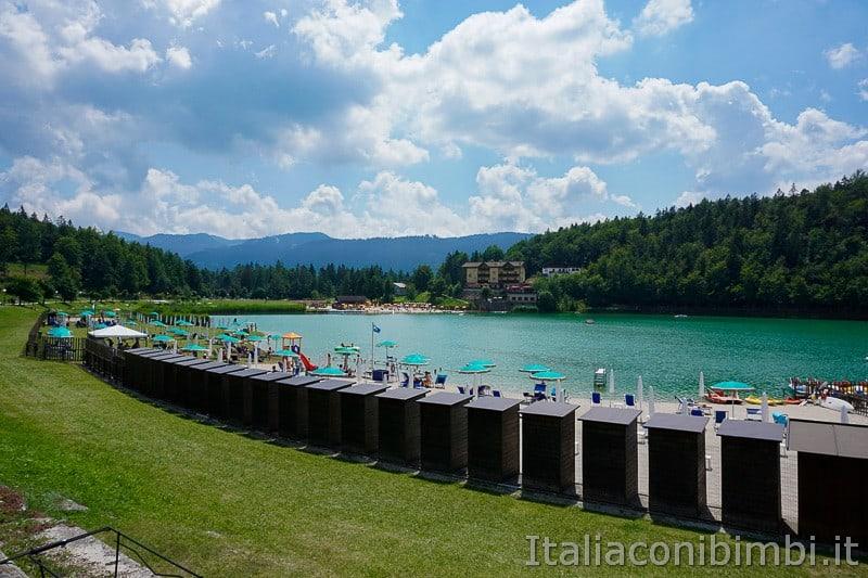 Lago di Lavarone- spiaggia e cabine