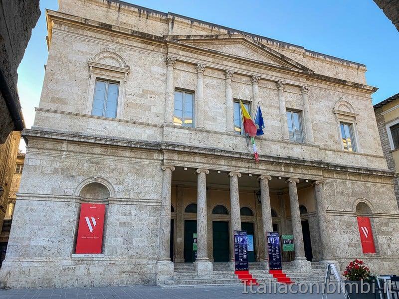 Ascoli-Piceno-teatro-Ventidio-Basso