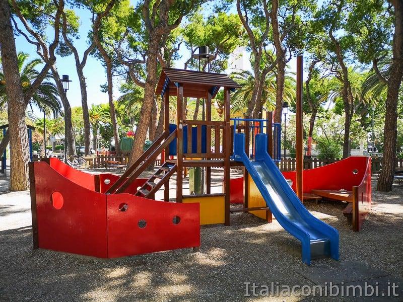 San-Benedetto-del-Tronto-parco-giochi