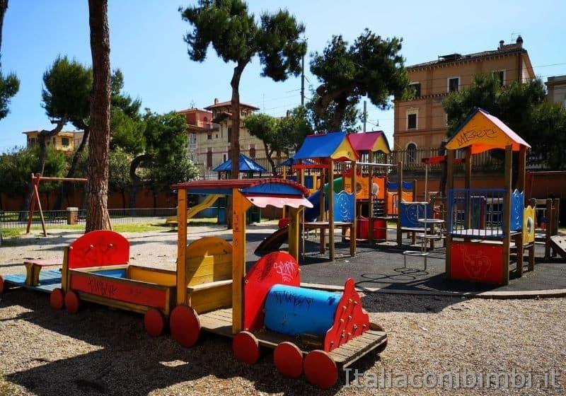 Parco giochi della pineta Ricciotti a Grottammare