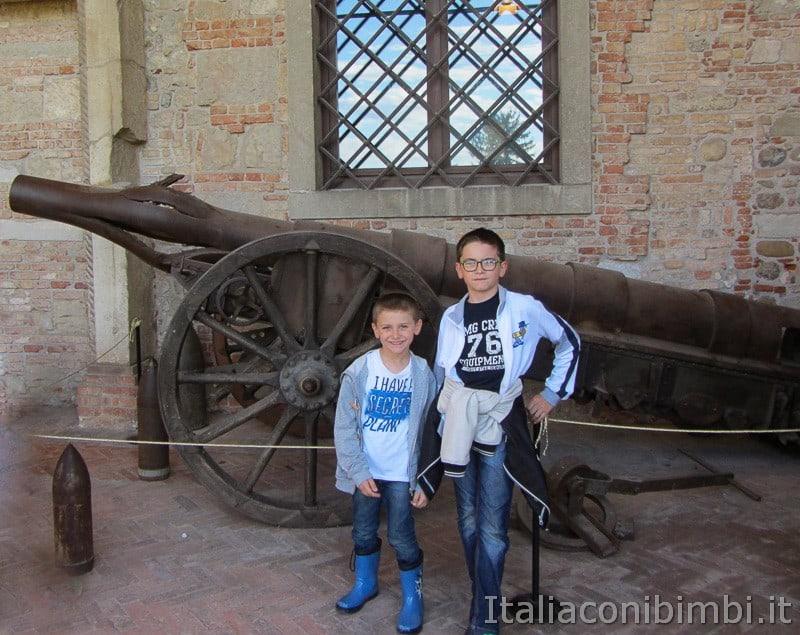 Udine - bambini al castello