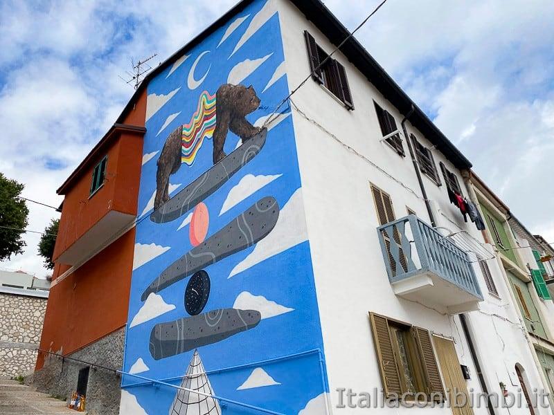 Aielli - Alto - murales orso