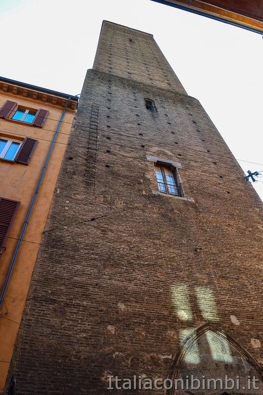 Bologna - torre Azzoguidi