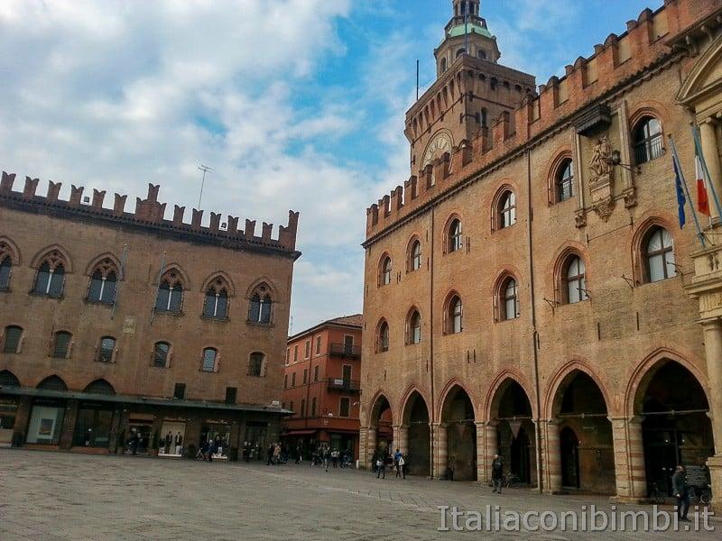 Bologna - torre D'Accursio o Torre dell'Orologio
