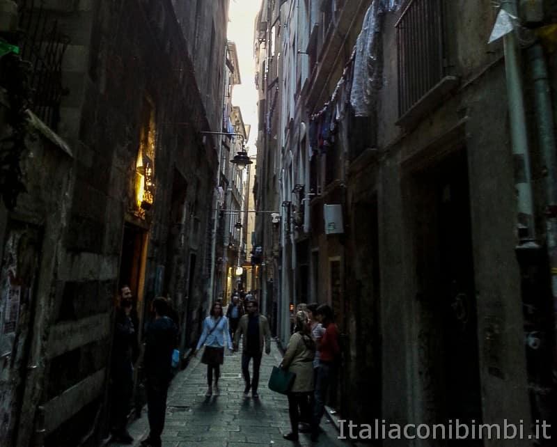 Genova - caruggi nel centro storico