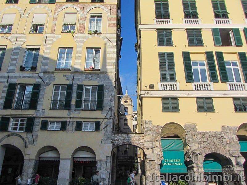 Genova - vicoli vicino al Duomo