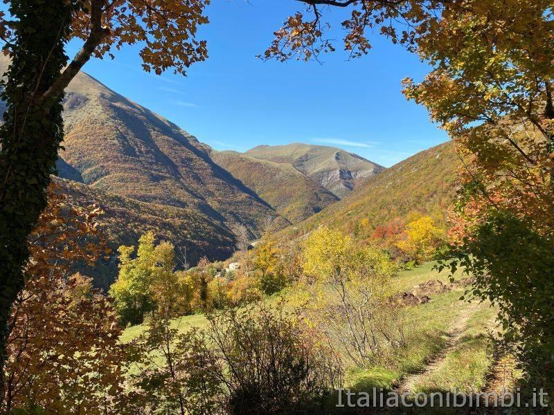Sentiero natura di Bolognola per Fonte dell'Aquila - paesaggio