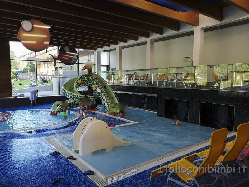 Acquarena-Bressanone-piscina-bimbi-interna