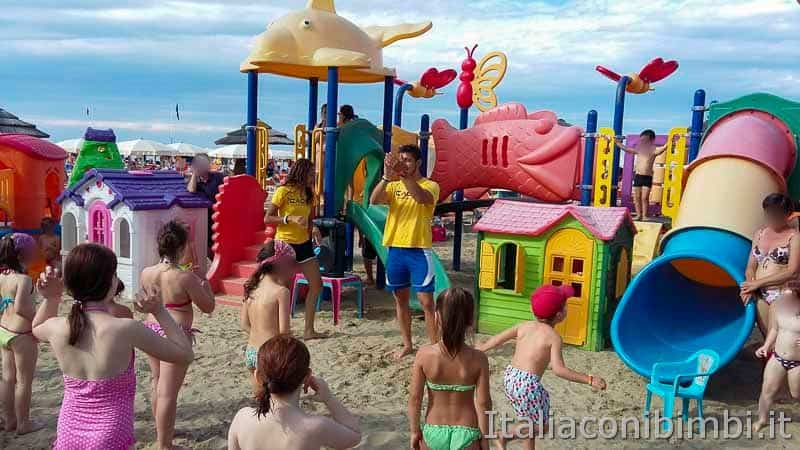 Bellaria Igea Marina - animazione in spiaggia