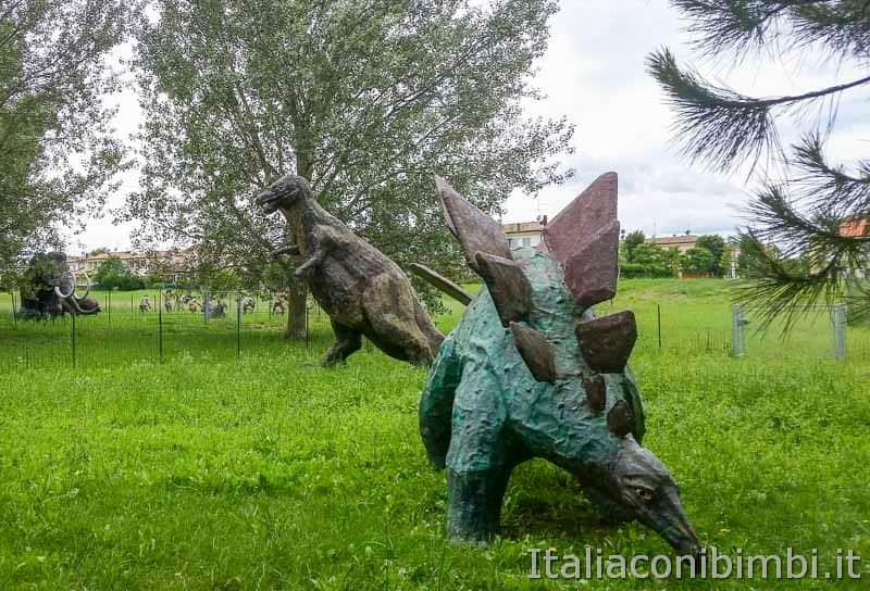 Bellaria Igea Marina - dinosauri al parco del Gelso