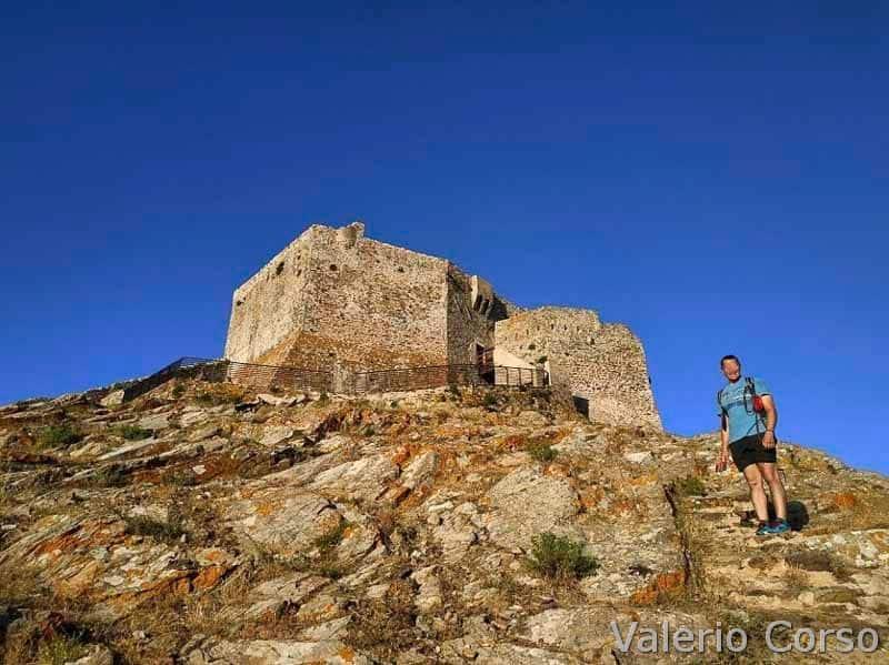 Isola-d-elba - Castello del Volterraio