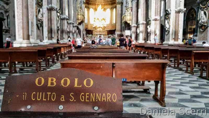 Napoli - obolo a San Gennaro
