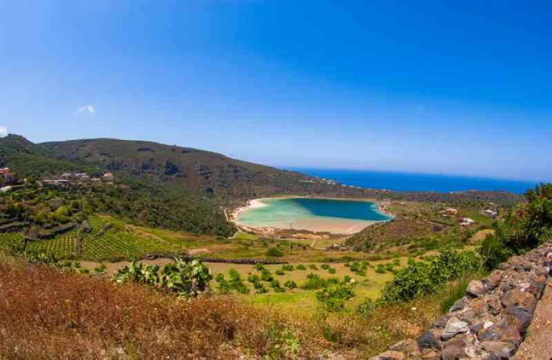 Pantelleria Lago di Venere