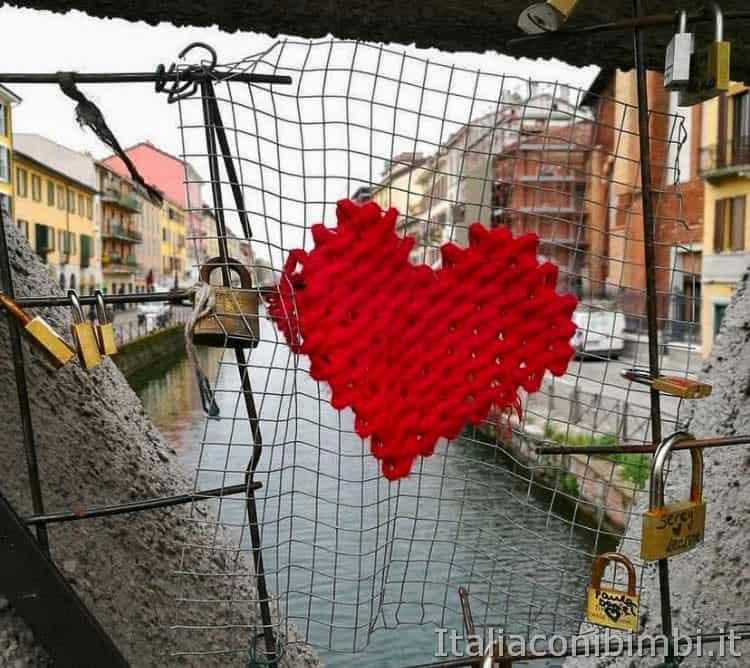 Milano - lucchetti sui Navigli