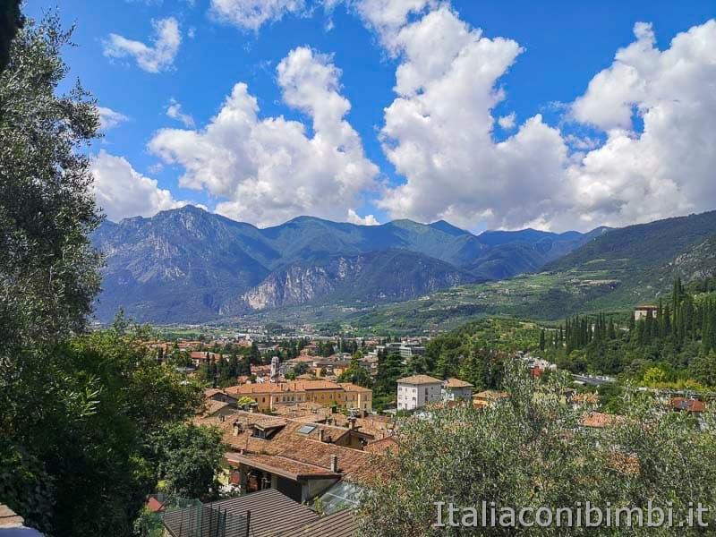Garda Trentino - Arco visto dall'alto