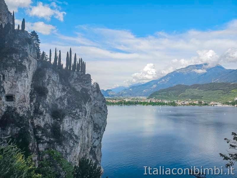 Sentiero del Ponale di Riva del Garda - panorama sul lago