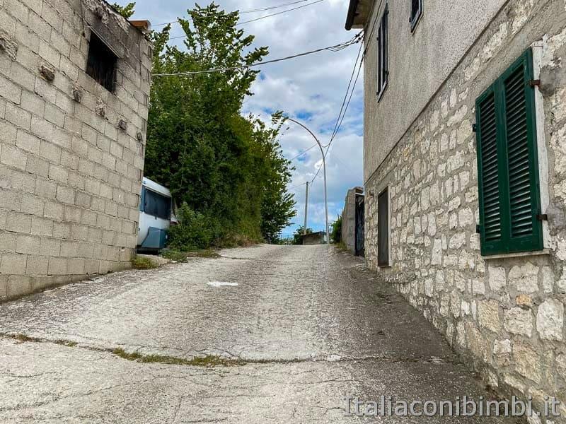 Anello Fleno San Gregorio - inizio del sentiero