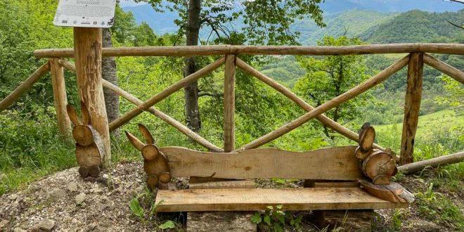 Anello Fleno San Gregorio - panchina con i coniglietti