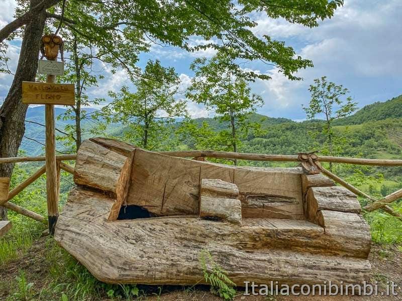 Anello Fleno San Gregorio - panchina di legno