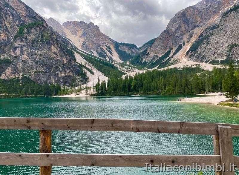 Lago di Braies - giro del lago lato destro avanti
