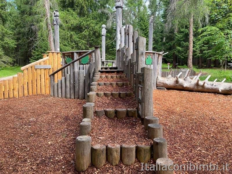 Mondo Magico della Foresta - Dobbiaco - area giochi
