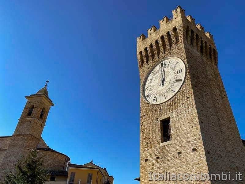 San Benedetto del Tronto - torrione del paese alto