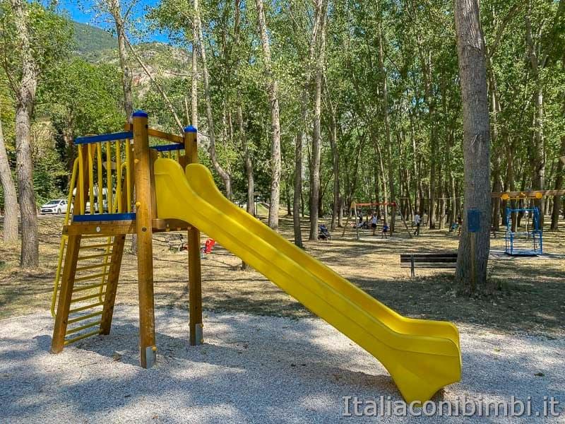 Gola del Furlo - parco giochi
