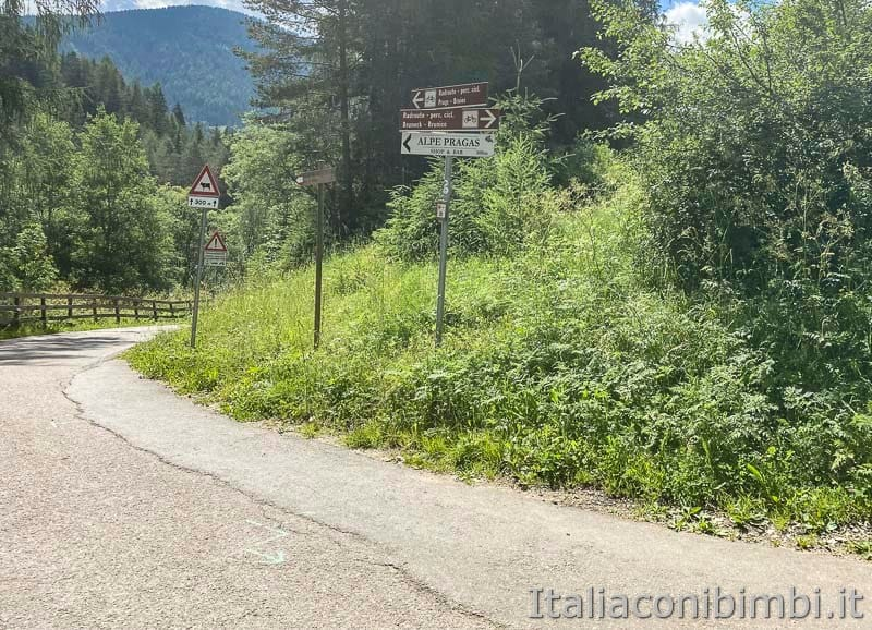 Pista ciclabile San Candido - Brunico - cartelli rifugio