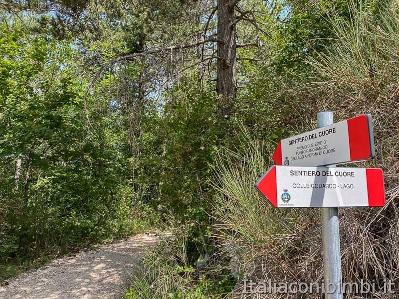 Sentiero del cuore - lago di Scanno - indicazioni