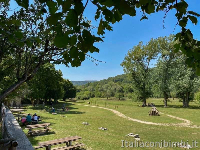 Val Fondillo - area picnic e griglie