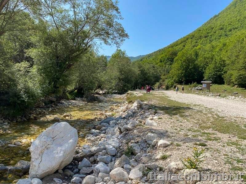 Val Fondillo - sentiero F2 torrente