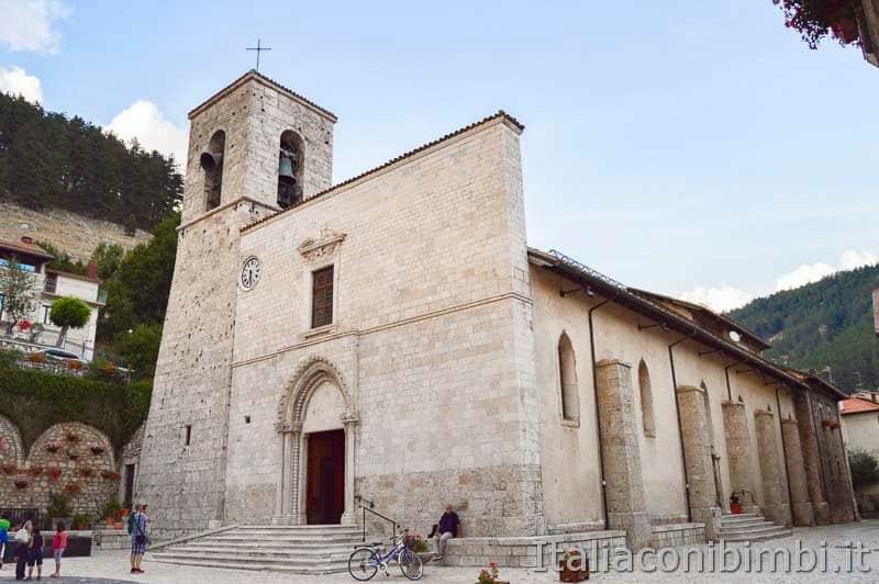 Pescasseroli - Chiesa Parrocchiale dei SS. Pietro e Paolo
