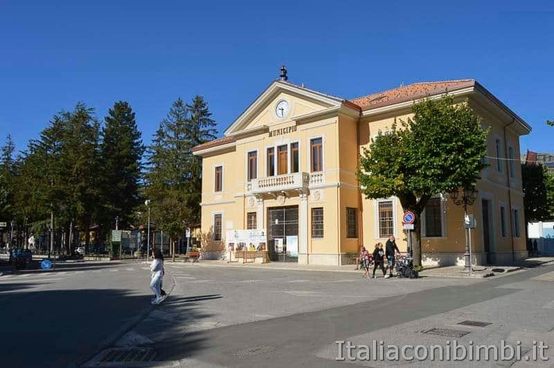 Pescasseroli - Piazza Sant'Antonio