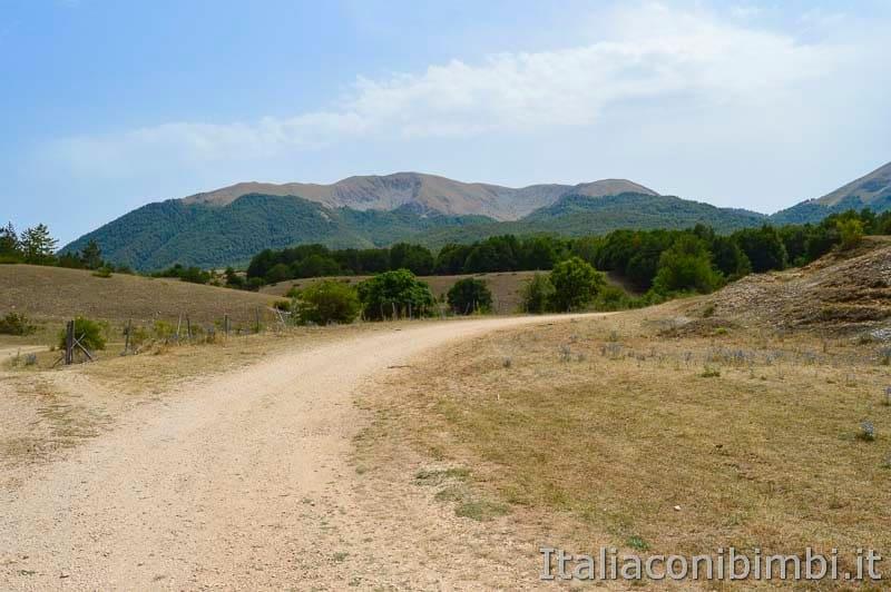 Sentiero Rifugio Cicerana - Abruzzo - paesaggio