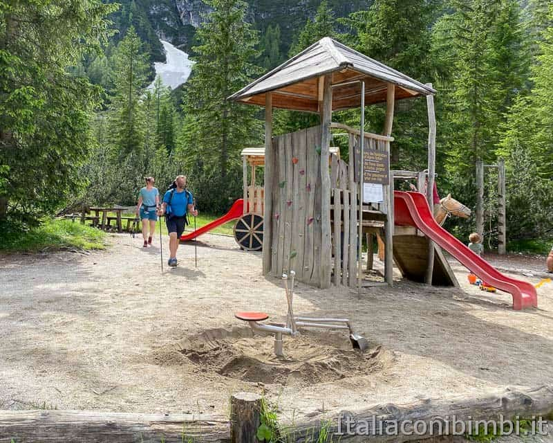 Val Fiscalina - rifugio Fondovalle parco giochi scivoli